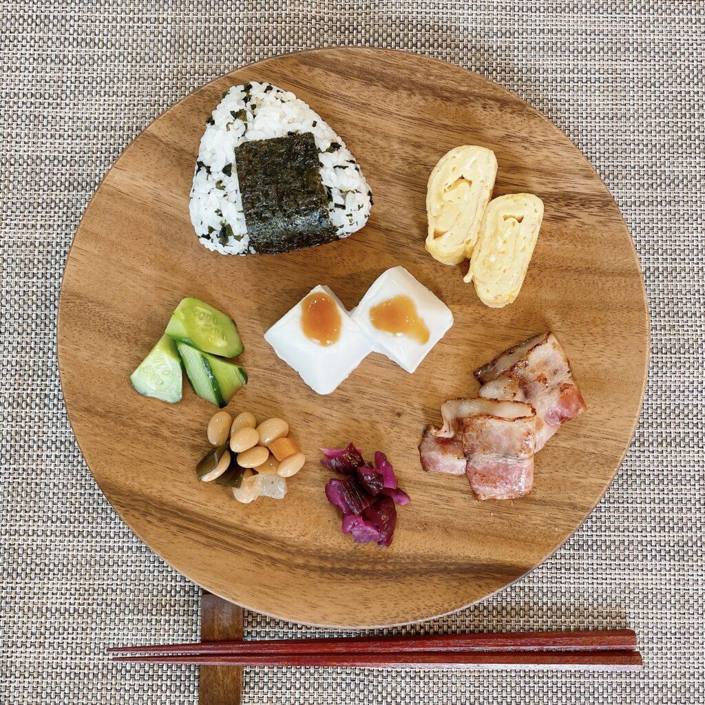 ごま豆腐のワンプレート朝食